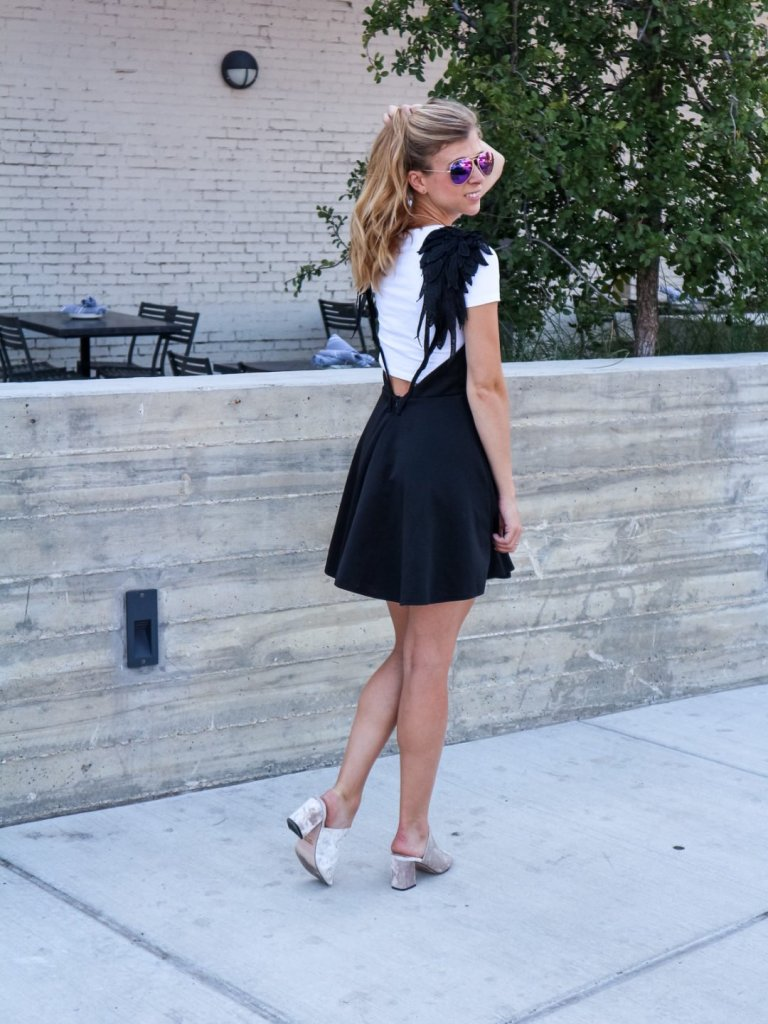 How to Wear a Dress that is Too Big featured by top US fashion blog, Running in Heels