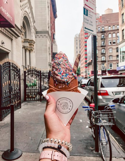 Where to eat in NYC featured by top US travel blog, Running in Heels: image of, Taiyaki NYC chocolate soft serve