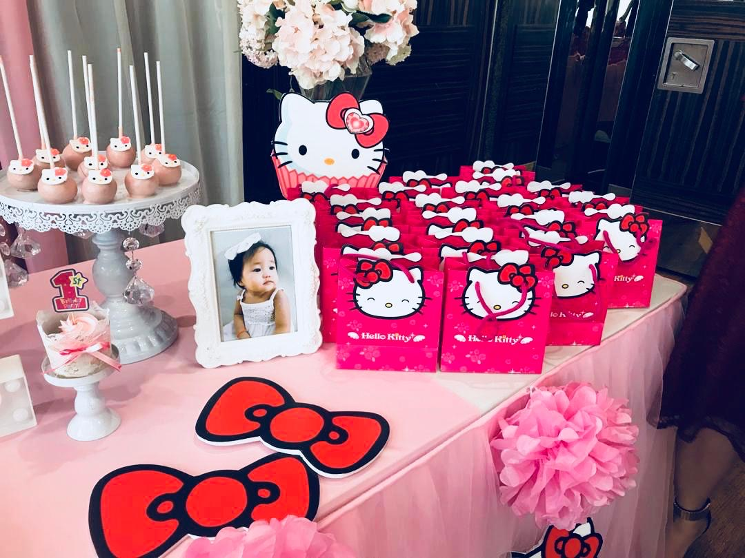 runningmen catering baby shower event footage with photo booth hello kitty frame