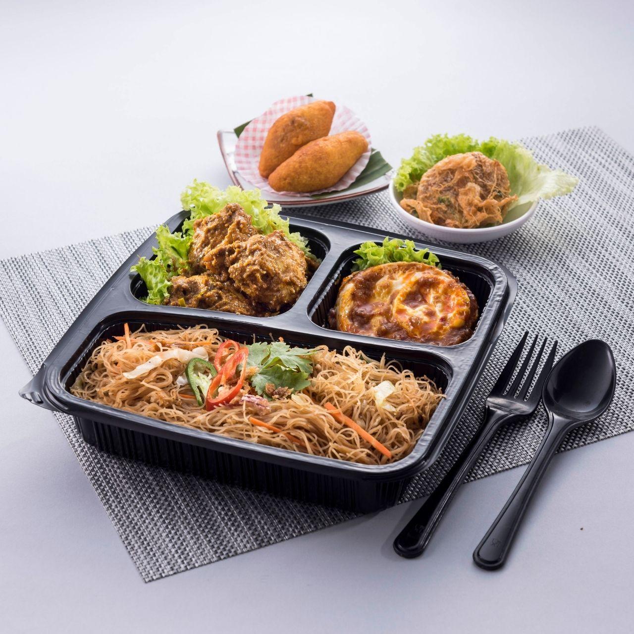 runningmen catering bento box meehoon goreng with rendang chicken