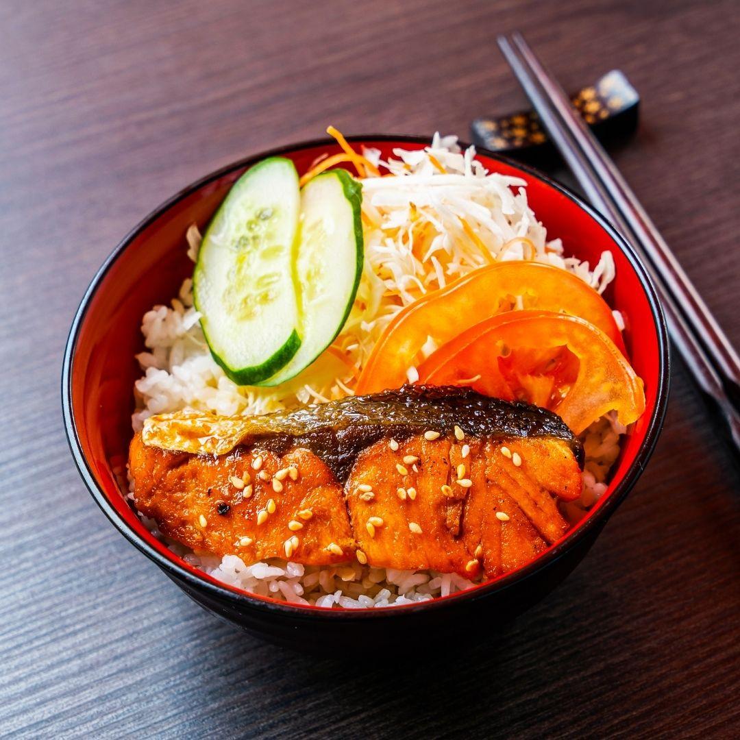 runningmen catering japanese bento salmon