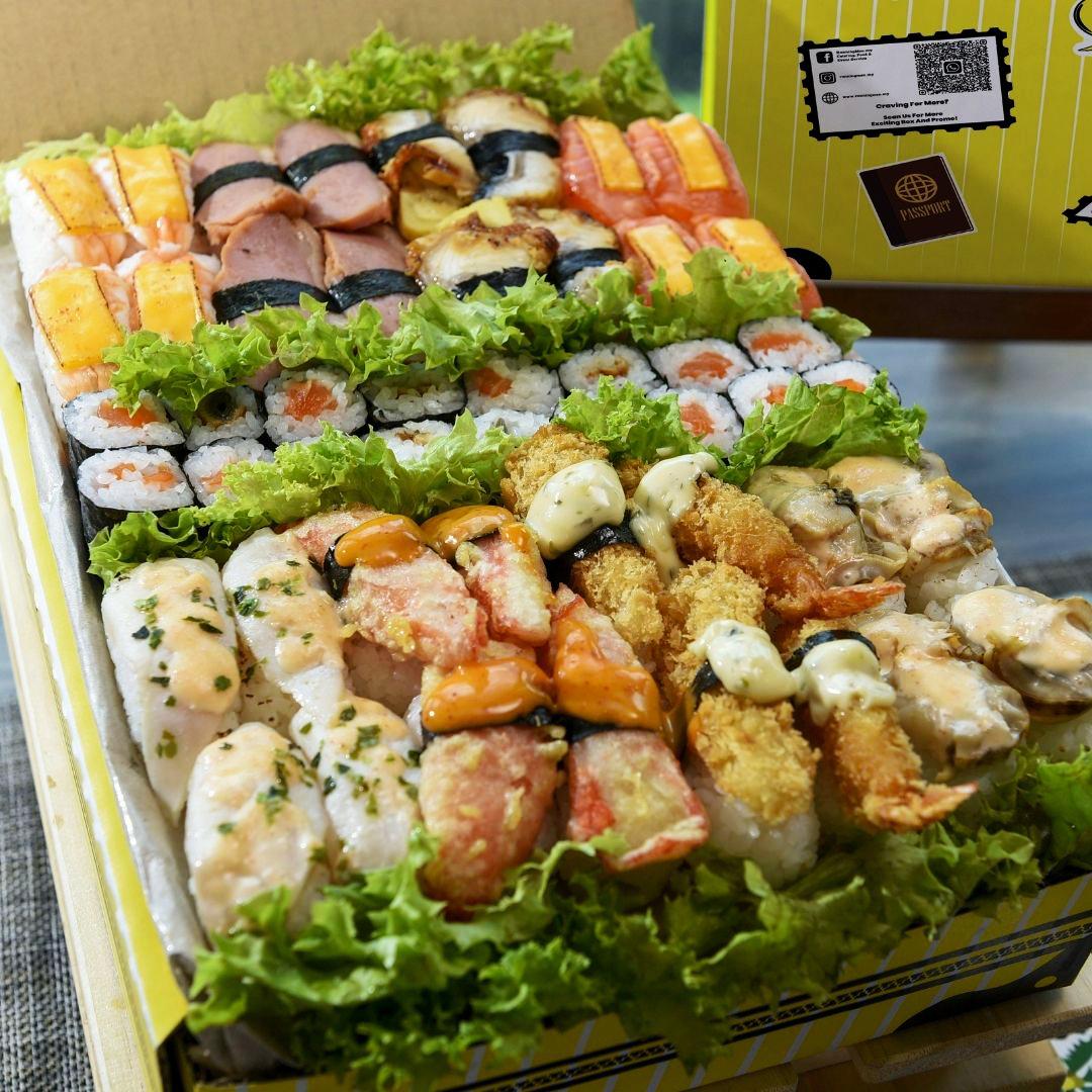 foodie box premium sushi box