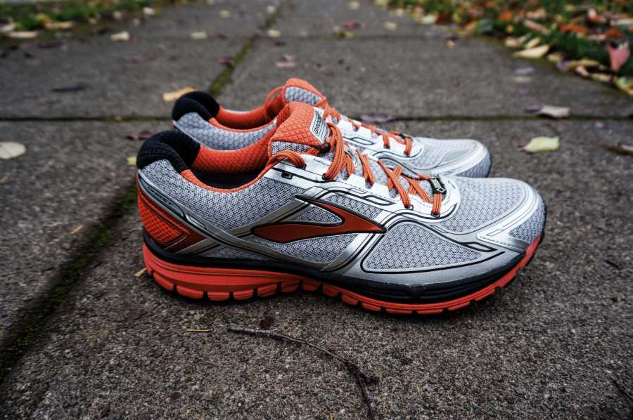 Brooks Ghost 8 GTX Review - Side