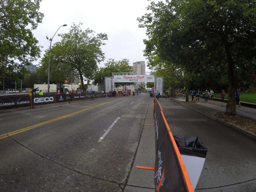 Rock n Roll Seattle 2016 - The Start Line