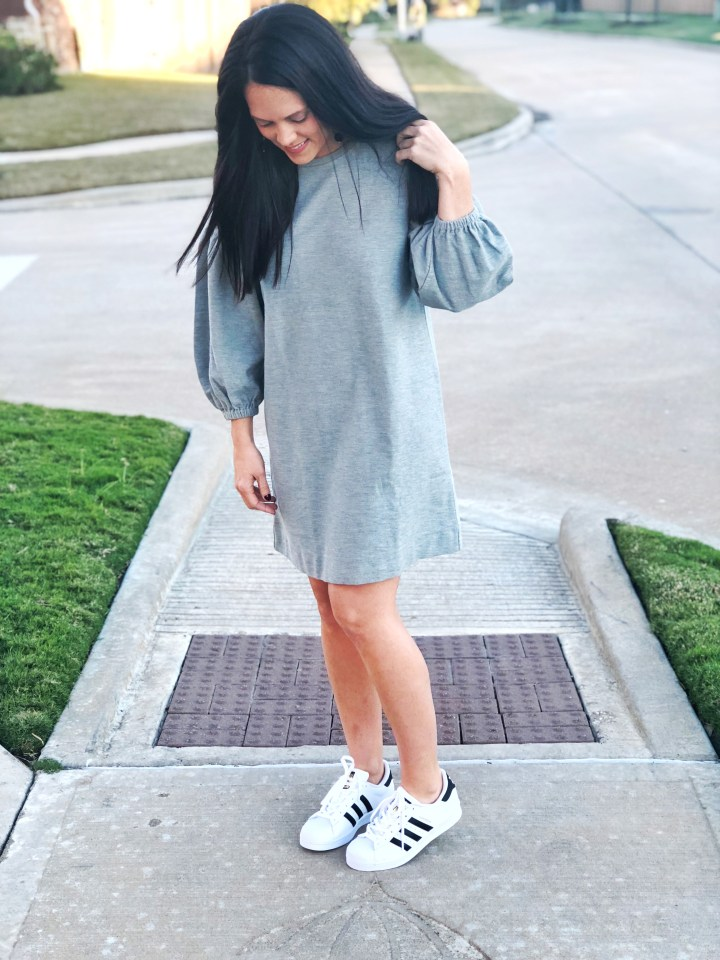 LOFT Graydress:Addidas1
