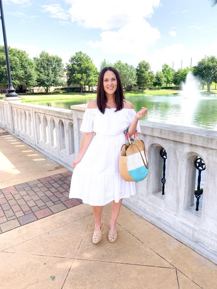 THE WHITE DRESS FOR SUMMER
