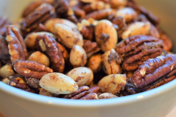 Sweet and spicy nuts - finished product