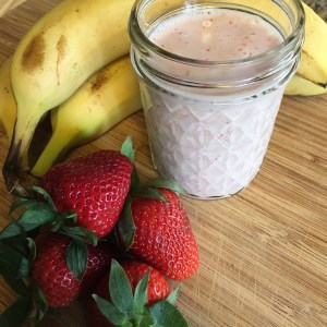 Hemp Protein Smoothie   Manitoba Harvest   Running on Happy   Meatless Monday   Review + Recipe
