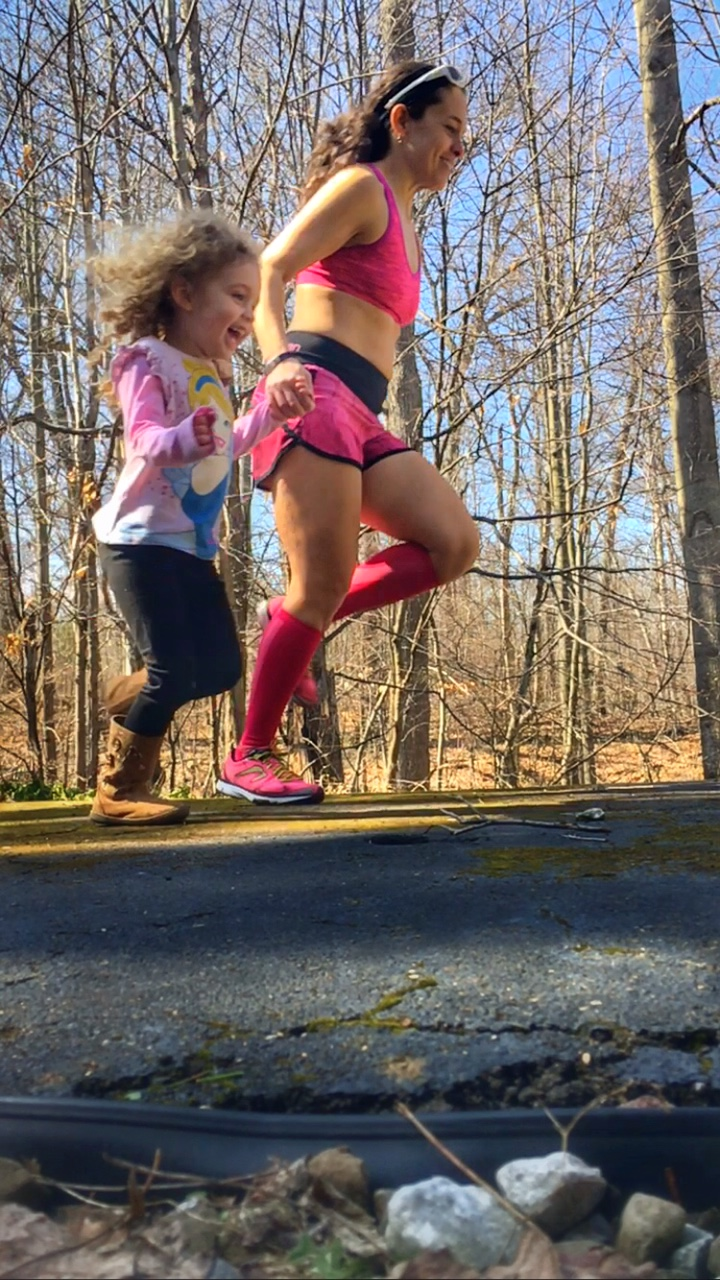 8 Ways to Encourage Kids to Love Being Fit and Healthy Kids