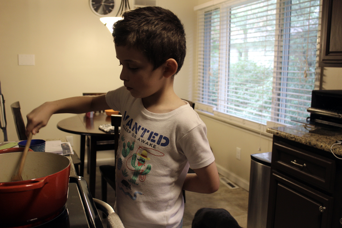 My Son Can Cook! Vegetarian, Kid-Friendly Chili | Meatless Monday