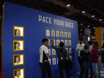 Expo stand pace race
