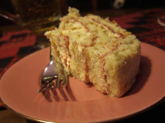 12.20 Raspberry swirl cake