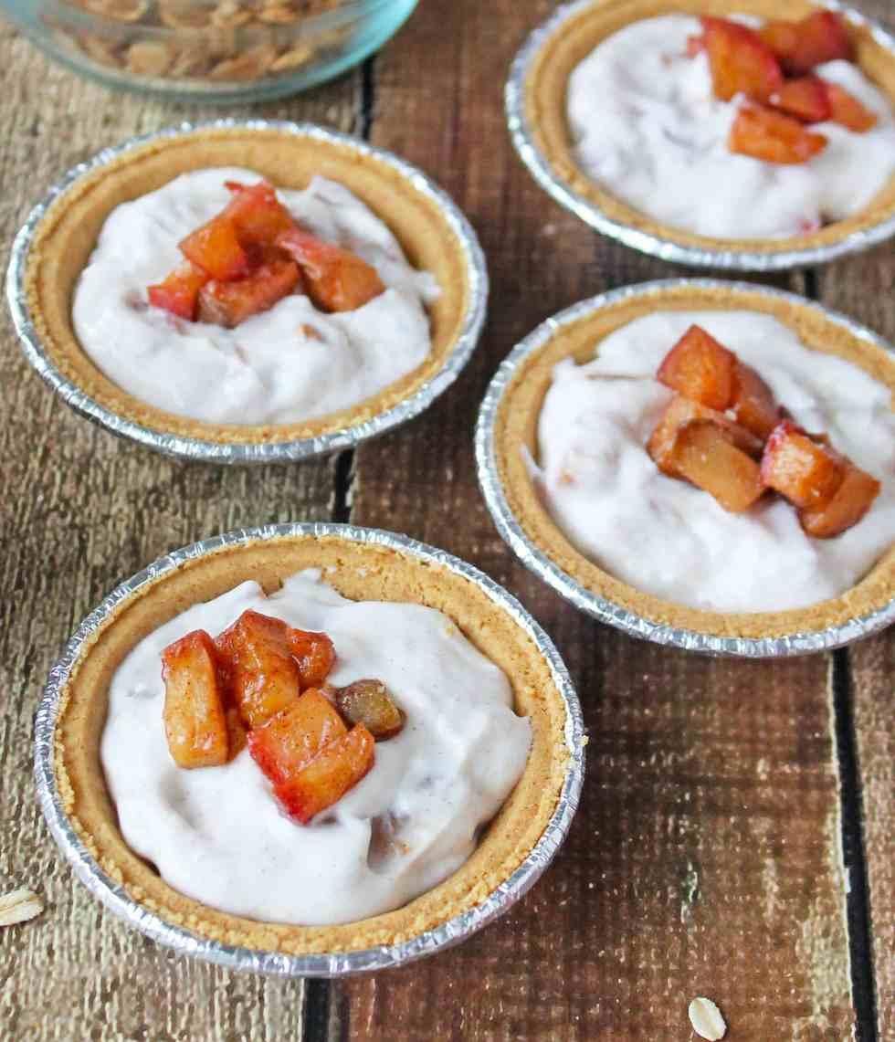 No-Bake Apple Yogurt Crumble Pie Assembly
