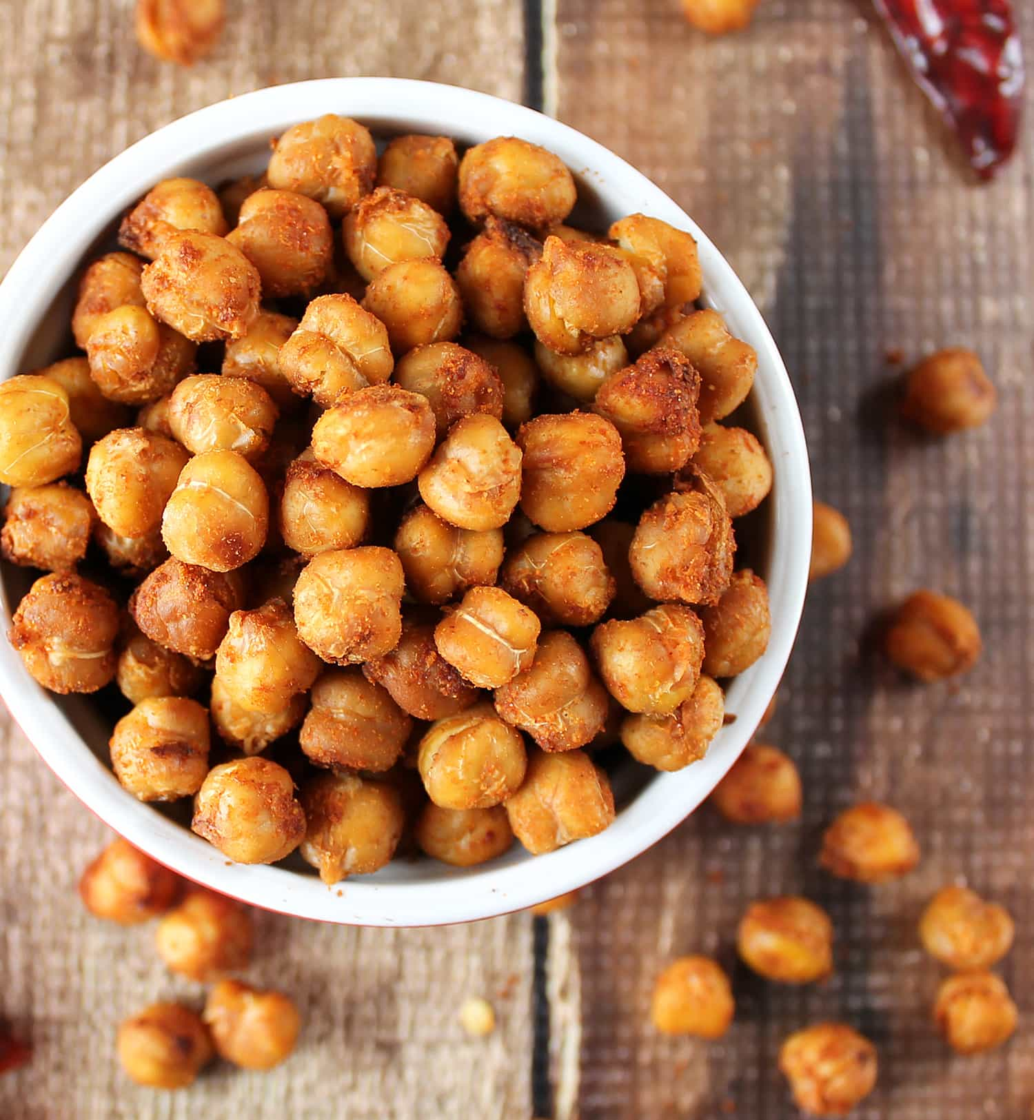 These little Crispy Spiced Chickpeas are nutritious and simple to whip ...