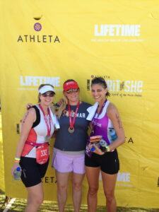 Jen, Kate & I after the race. Jen & Kate got 2nd place overall in the Sprint Tri Relay!! Great job ladies!!