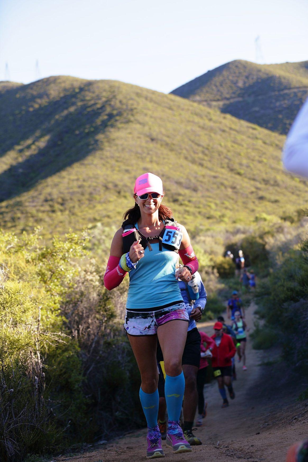 Paksit Photo, Runner girl, Leona Divide, 50k, Running 4 those who can't, lululemon, xx2i