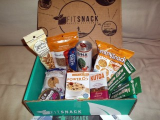 August Fit Snack Review: The Subscription Box for Healthy Snackers