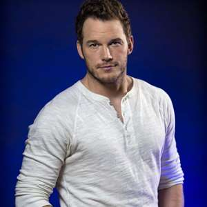 Chris-Pratt-as-Emmet-Brickowski-and-Rex-Dangervest