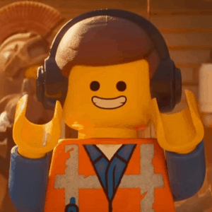 chris prat is emmet brickowski in the lego universe
