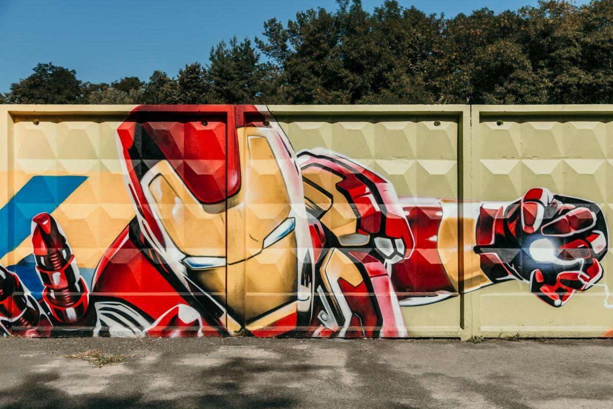Iron Man graffiti