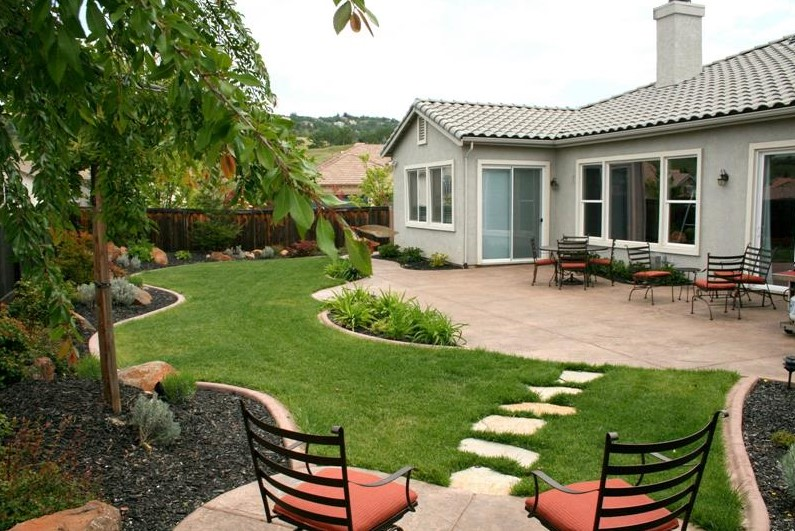 20+ Attractive Ideas for Beautiful Backyard - Home and Gardens on Stunning Backyards  id=51819