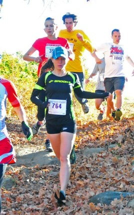 Deanna Culbreath (#764) in the first half mile of the course closely followed by Ann MacDonald. (photo: Keith Realander)