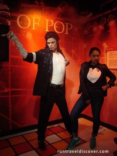 Central Hong Kong - Michael Jackson