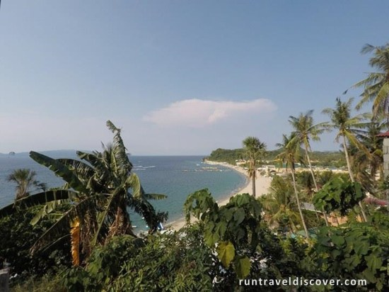 Puerto Galera - Far View of White Beach