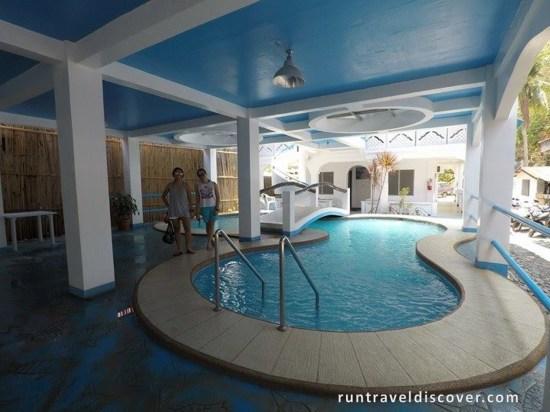 Puerto Galera - Swimming Pool
