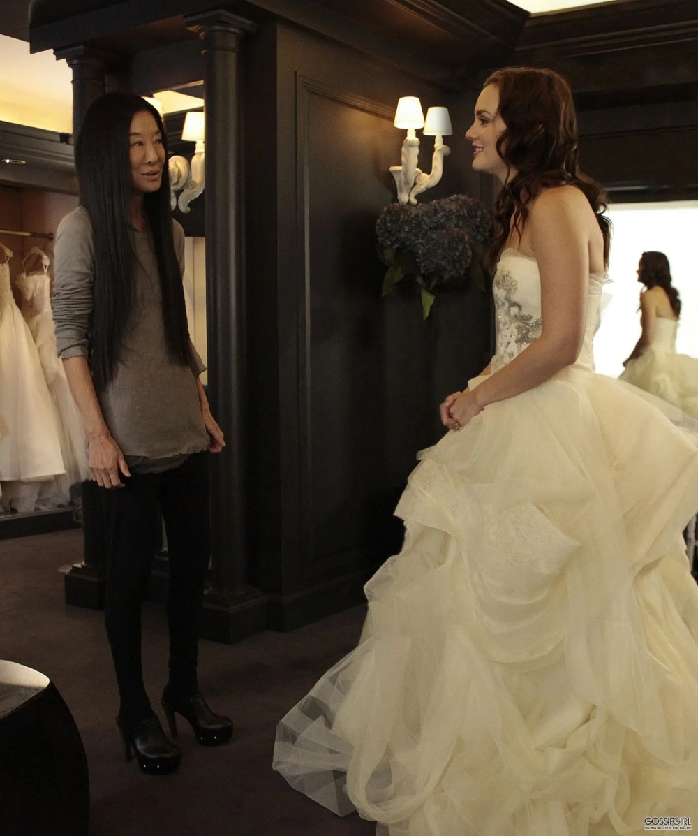 Blair-Waldorf-wedding-dress-fitting-Gossip-Girl-eleonora-de-gray-runway-magazine