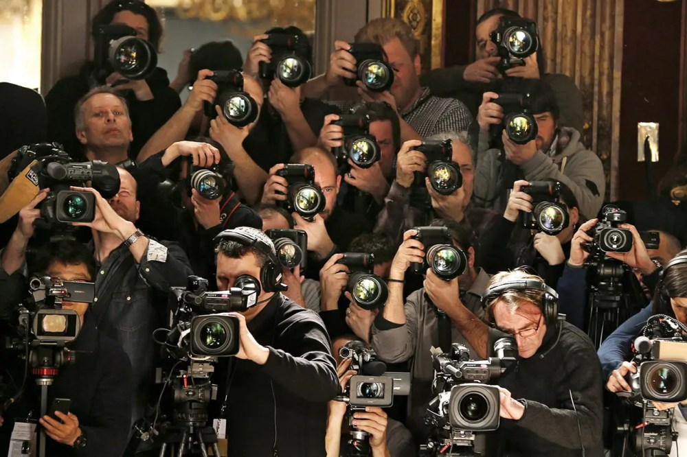 Photographer's right to distribution by Joëlle Verbrugge