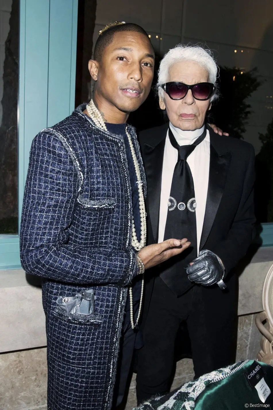 chanel-metiers-d'art-pharrell-williams-karl-lagerfled-eleonora-de-gray-runway-magazine