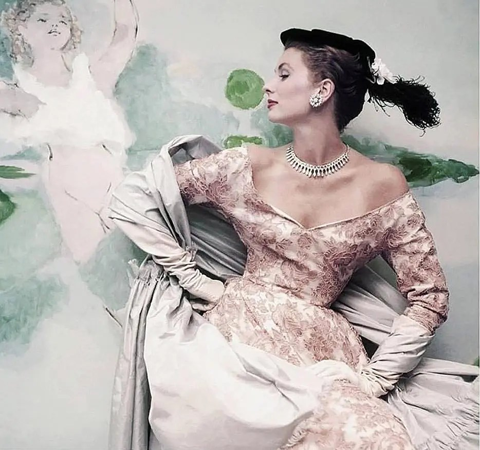 divina-ispirazione-photo-henry-clarke-suzy-parker-balenciaga-eleonora-de-gray-runway-magazine