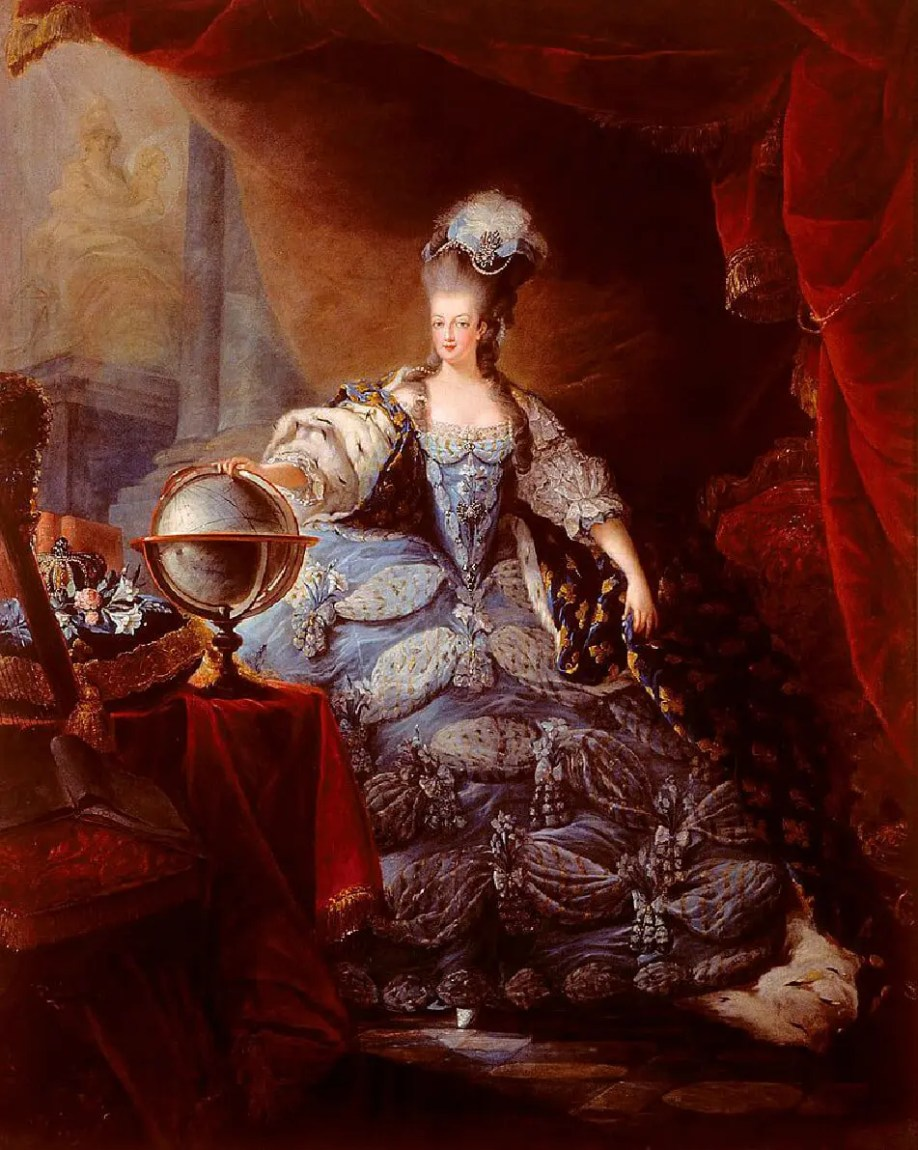 marie-antoinette_Chateau-Versailles-Runway-Magazine Versailles and Fashion