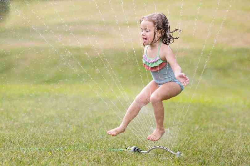 how to nail the focus on sprinkler photos