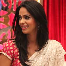 Mallika Sherawat celebrates her birthday with a vegan cake: I'm grateful to God for all His blessings this year 9