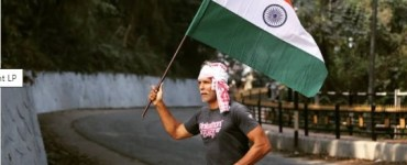 Milind Soman celebrates 72nd Republic Day by running barefoot holding India's national flag; says 'The power is with the people' 5