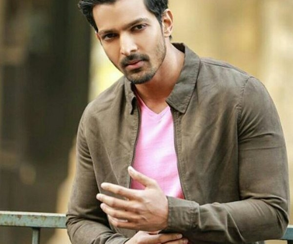 Actor Harshvardhan Rane to give away his bike in exchange for oxygen concentrators 1