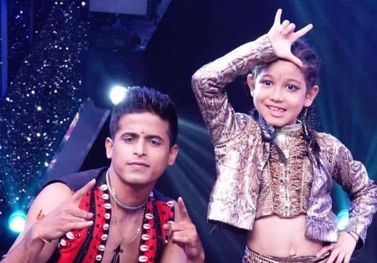 Super Dancer Chapter 4' ফাইনেলিষ্ট অসম কন্যা ফ্লৰিণা গগৈৰ বাবে ভোটৰ আহ্বান দীক্ষু শৰ্মাৰঃ 1