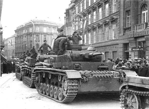 Panzer III ausf H na ulicama Zagreba