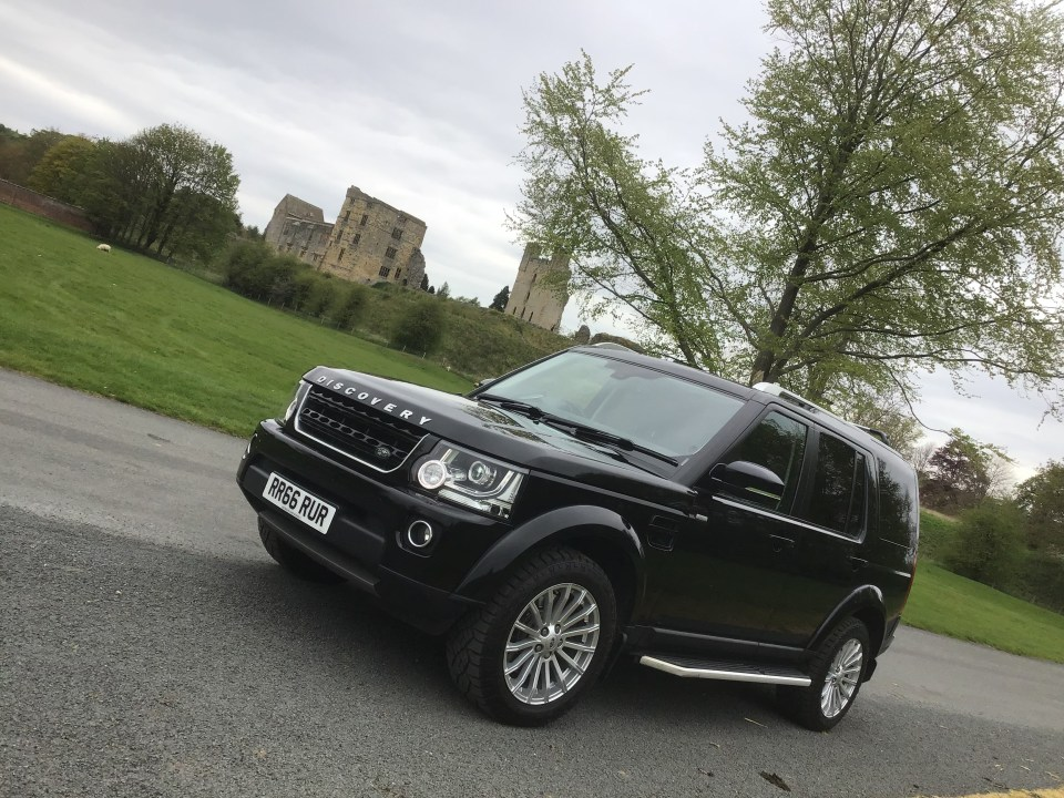 Landrover Discovery Landmark in Duncombe Park