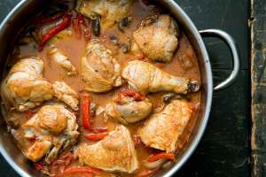 Pernas de frango estufadas