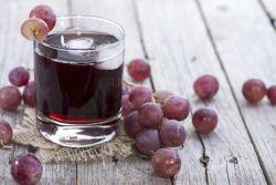 Sumo de uva com água de coco