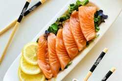 Sashimi de salmão fácil