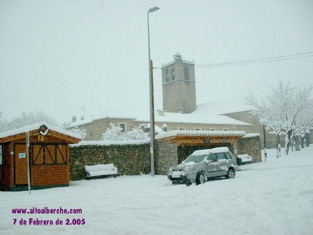 Abadia de Burgohondo nevada