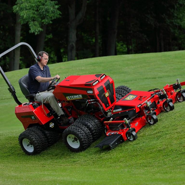 Steiner – 450 Tractor