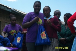 Maureen Bii during the distribution of sanitary towels to 500 girls in Ogiek. Photo Credit: Maureen Bii