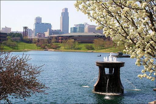 Heartland_of_America_Park,_Omaha,_Nebraska
