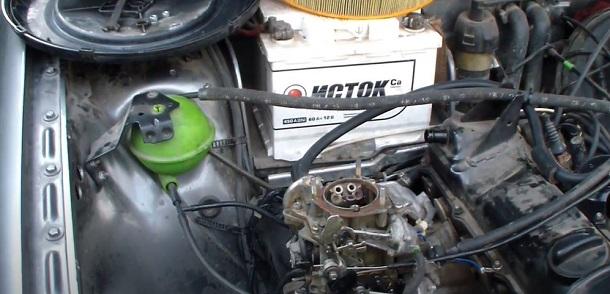 Pag-install ng Carburetor.