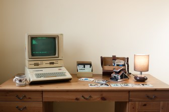 Quelle: podstawczynski.com - Apple IIe with DuoDisk and Apple Monitor II